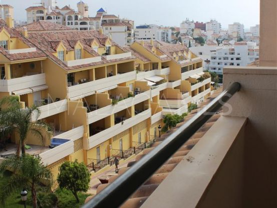 Apartment with 4 bedrooms for sale in Estepona Puerto | Campomar Real Estate