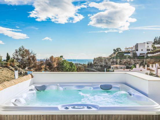Paraiso Pueblo, Benahavis, atico en venta de 3 dormitorios | MPDunne - Hamptons International