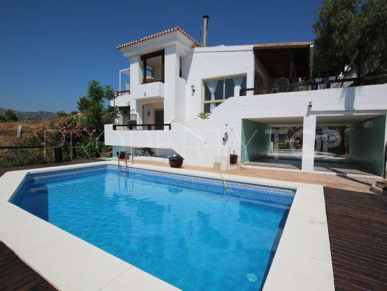 For sale 3 bedrooms villa in La Alqueria, Benahavis | MPDunne - Hamptons International