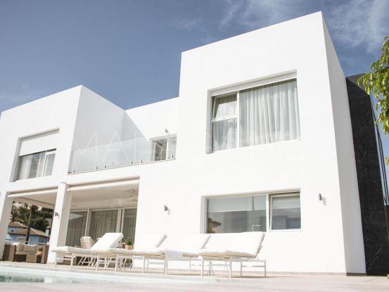 Villa in El Herrojo with 4 bedrooms   MPDunne - Hamptons International