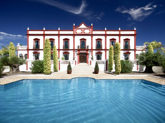9 bedrooms Montellano villa | MPDunne - Hamptons International