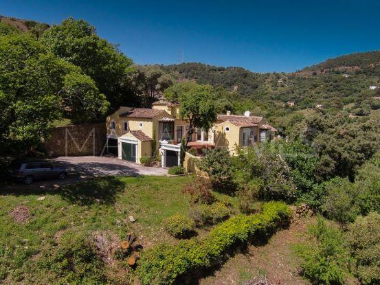 For sale Casares Montaña country house with 4 bedrooms | Villas & Fincas