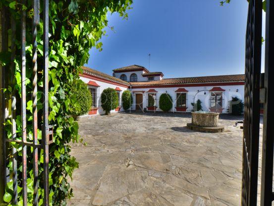 Cortijo with 4 bedrooms for sale in Los Barrios | Villas & Fincas