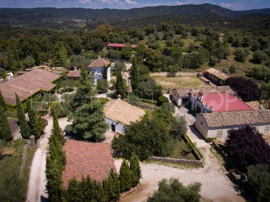 For sale cortijo with 14 bedrooms in Seville | Villas & Fincas