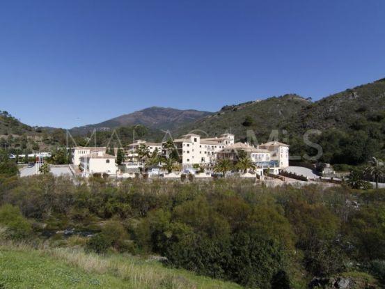Comprar hotel en Benahavis Centro con 95 dormitorios | Inmo Andalucía