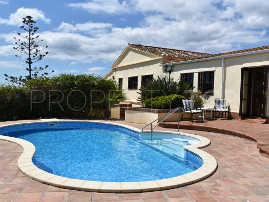 For sale villa in Torreguadiaro with 4 bedrooms | Hamilton Homes Spain