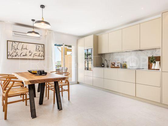 For sale 4 bedrooms penthouse in Benahavis   Andalucía Development