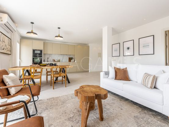 Penthouse with 4 bedrooms for sale in Benahavis   Andalucía Development