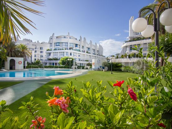 Buy Marbella House ground floor apartment with 3 bedrooms | Nevado Realty Marbella