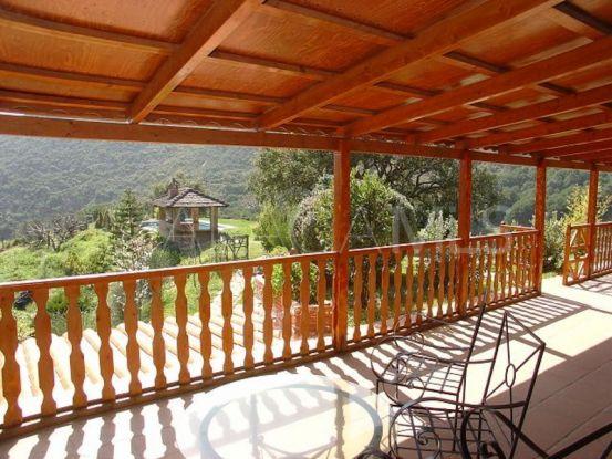 5 bedrooms Ojen villa for sale   Nevado Realty Marbella