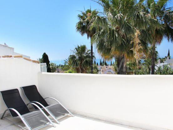 For sale town house with 4 bedrooms in Cascada de Camojan, Marbella Golden Mile | Nevado Realty Marbella