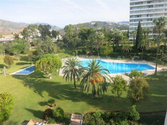 Atico con 4 dormitorios en venta en Torre Real, Marbella Este   Nevado Realty Marbella