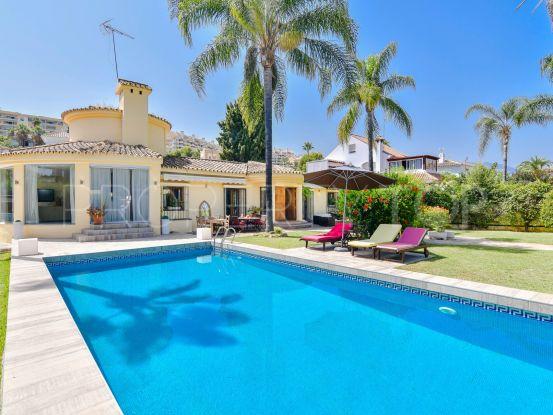 For sale villa in Nueva Andalucia with 5 bedrooms | Nevado Realty Marbella