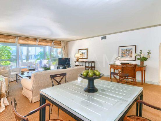 Apartment for sale in Marina de Puente Romano | Nevado Realty Marbella
