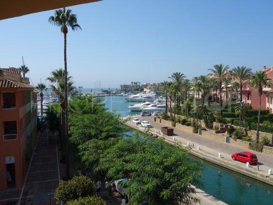 2 bedrooms apartment in Sotogrande Puerto Deportivo for sale | John Medina Real Estate