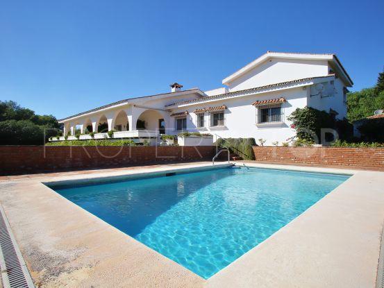 Buy Sotogrande villa with 6 bedrooms | John Medina Real Estate