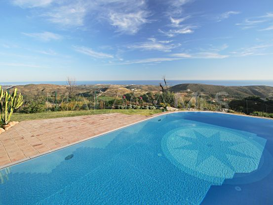 For sale villa in Marbella Club Golf Resort, Benahavis | DM Properties