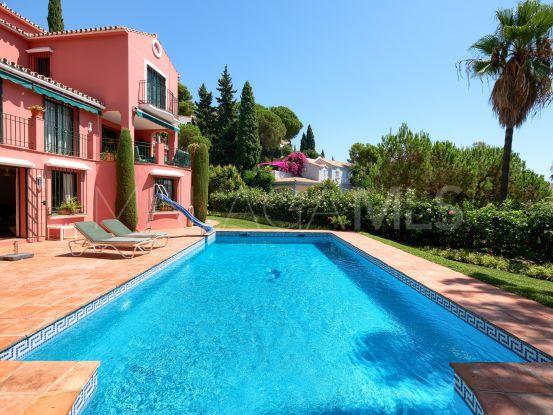 Villa for sale in El Madroñal with 4 bedrooms | DM Properties