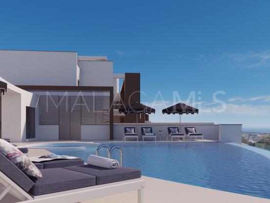 Apartamento planta baja a la venta de 3 dormitorios en Las Colinas de Marbella, Benahavis | DM Properties