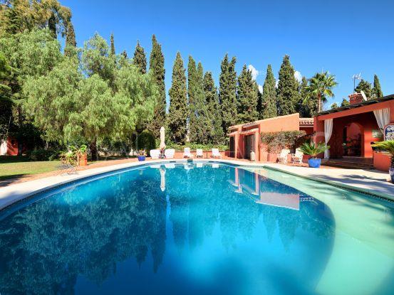 Villa for sale in Atalaya de Rio Verde | DM Properties