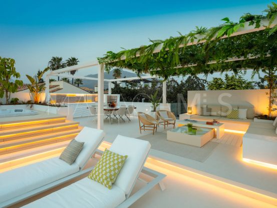 Buy Aloha villa with 4 bedrooms   Atrium
