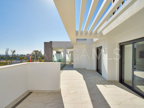 Penthouse for sale in Estepona with 2 bedrooms | Atrium