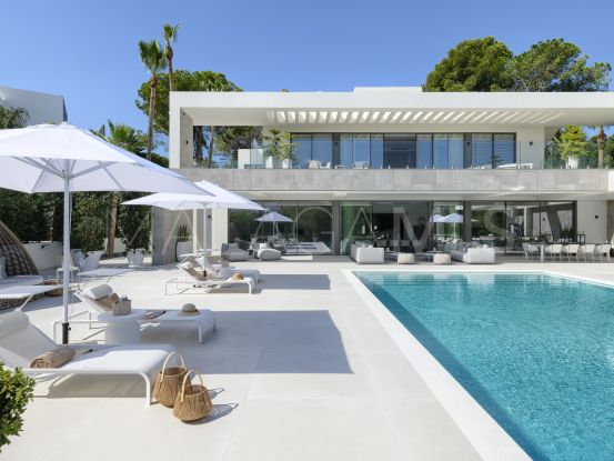 For sale Nueva Andalucia villa with 9 bedrooms | Atrium