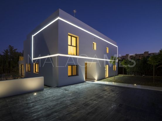 Nueva Andalucia villa for sale | Atrium