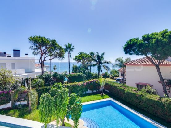 Calahonda Playa, villa a la venta de 4 dormitorios | Atrium