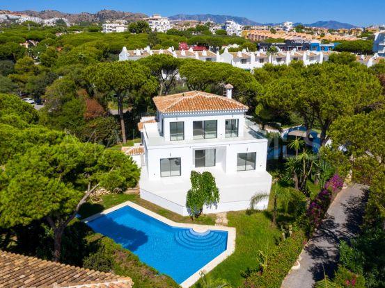 For sale 4 bedrooms villa in Calahonda Playa   Atrium