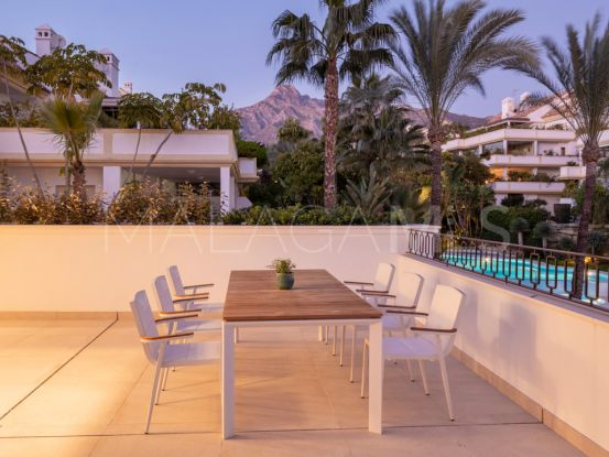 Duplex penthouse with 2 bedrooms for sale in Marbella Golden Mile | Atrium