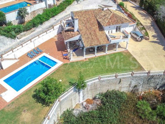 Villa for sale in La Capellania with 5 bedrooms | Your Property in Spain