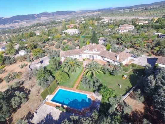 For sale finca with 4 bedrooms in Ronda | Your Property in Spain