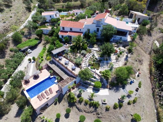For sale 6 bedrooms finca in Cartama | Your Property in Spain