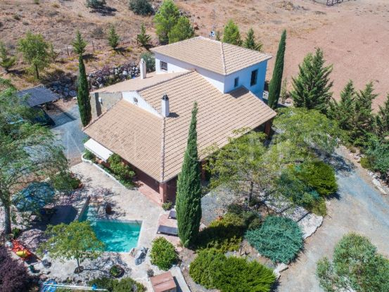For sale finca in Archidona with 8 bedrooms | Your Property in Spain