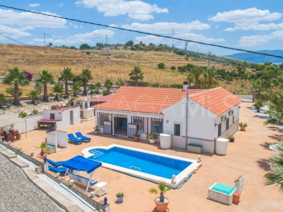 For sale Pizarra 3 bedrooms finca | Your Property in Spain