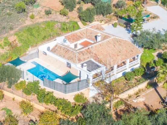 For sale 4 bedrooms finca in Almogia | Your Property in Spain