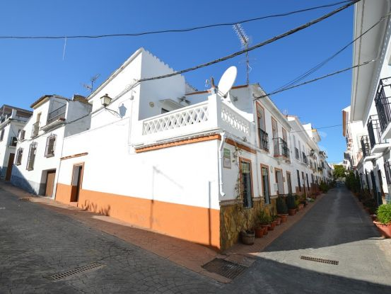 Buy town house in Guaro with 3 bedrooms | Your Property in Spain