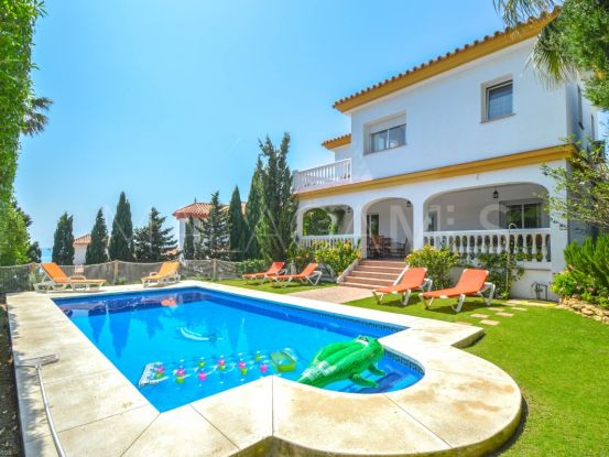 For sale villa with 4 bedrooms in Mijas Costa | Your Property in Spain