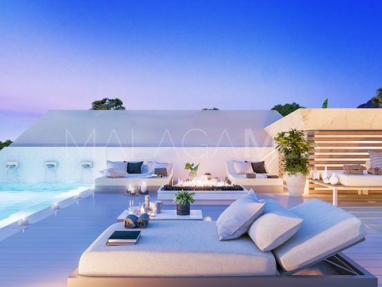 For sale villa in Nueva Andalucia with 4 bedrooms | Cloud Nine Prestige