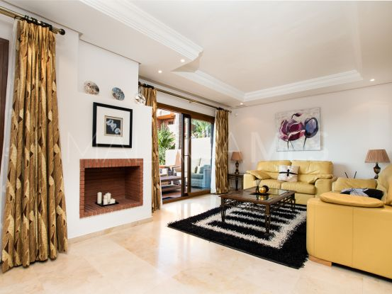 Buy Riviera del Sol town house with 4 bedrooms | Luxury Property Finder Marbella