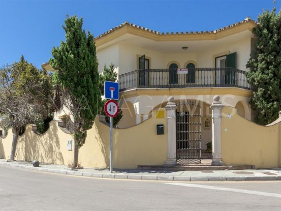 Buy semi detached villa in Guadalmina Baja, San Pedro de Alcantara   PanSpain Group