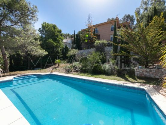 Buy Pinares de San Antón villa with 5 bedrooms | Michael Moon