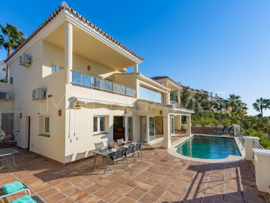 Villa for sale in Alhaurin Golf with 3 bedrooms | Serneholt Estate