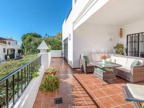 Se vende apartamento en Las Colinas de Marbella con 2 dormitorios | Serneholt Estate