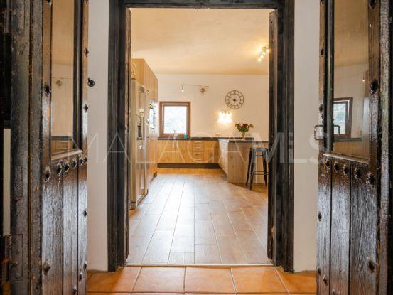 Buy town house with 4 bedrooms in Pueblo, Casares | Serneholt Estate