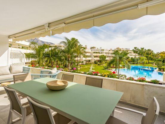 For sale apartment in Los Granados Golf, Nueva Andalucia | Serneholt Estate