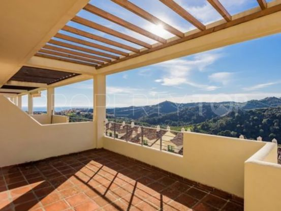 2 bedrooms duplex penthouse in Selwo Hills | Serneholt Estate