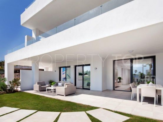 Buy Cortijo del Golf apartment with 2 bedrooms | Serneholt Estate