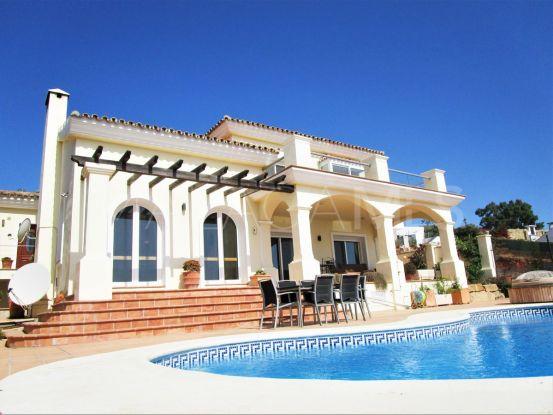Buy villa in Manilva with 4 bedrooms | Serneholt Estate